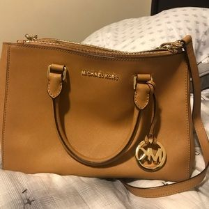 Michael Kors bronze bag